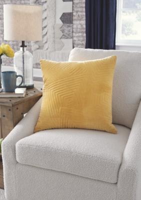 Kastel Pillow (Set of 4)