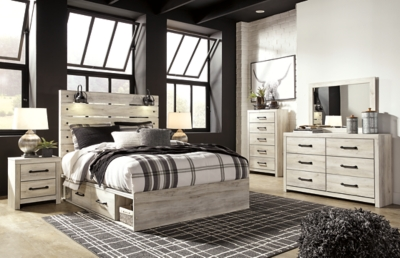 Cambeck Queen Panel Bed with 4 Storage Drawers