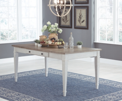 Shawnee Dining Room Table