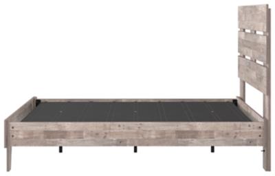 Neilsville Full Panel Platform Bed